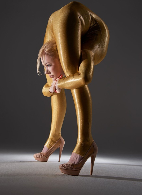 flexible-woman-julia- (2)