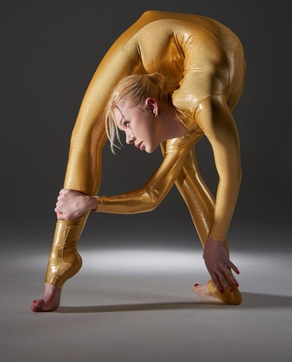 flexible-woman-julia- (3)