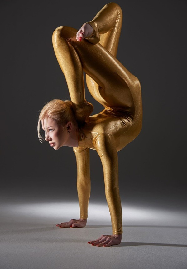 flexible-woman-julia- (5)