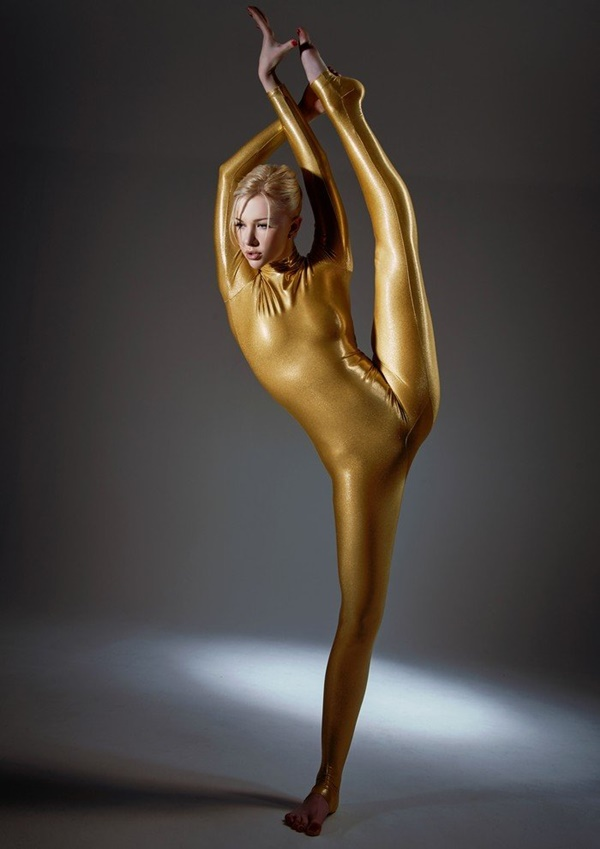 flexible-woman-julia- (8)