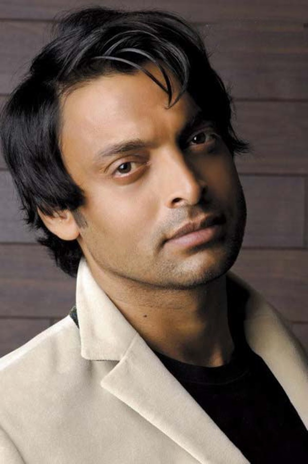 shoaib-akhtar-hairstyles-for-nabila-salon- (2)