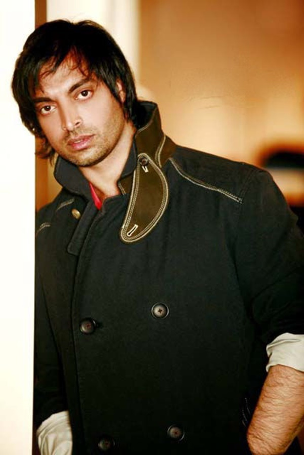 shoaib-akhtar-hairstyles-for-nabila-salon- (6)