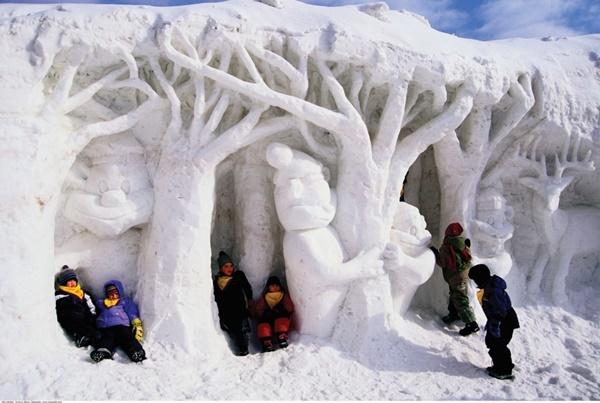 snow-sculptures- (12)
