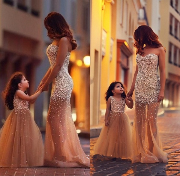 mother-and-daughter-pictures- (1)