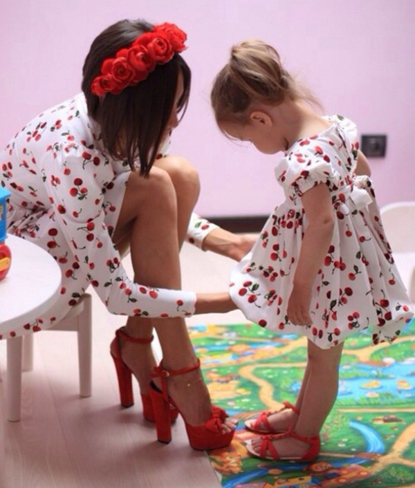 mother-and-daughter-pictures- (2)