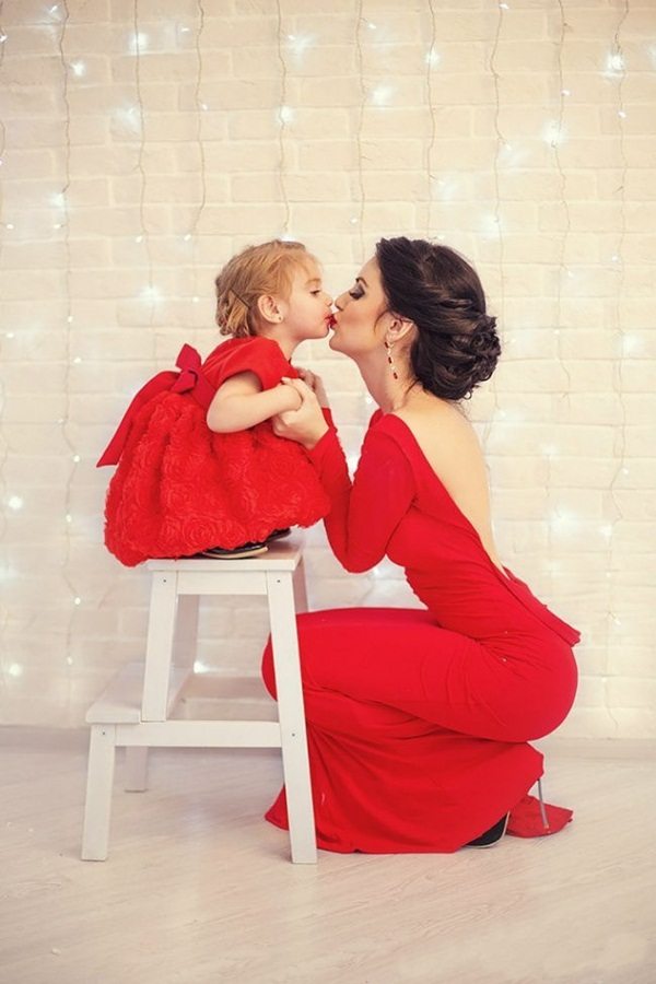 mother-and-daughter-pictures- (6)