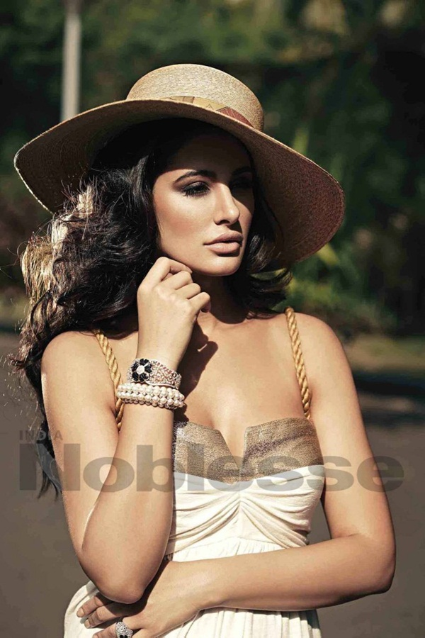 nargis-fakhri-photoshoot-for-noblesse-india-magazine- (2)