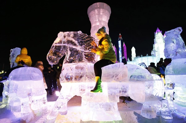 snow-and-ice-festival-in-harbin- (10)