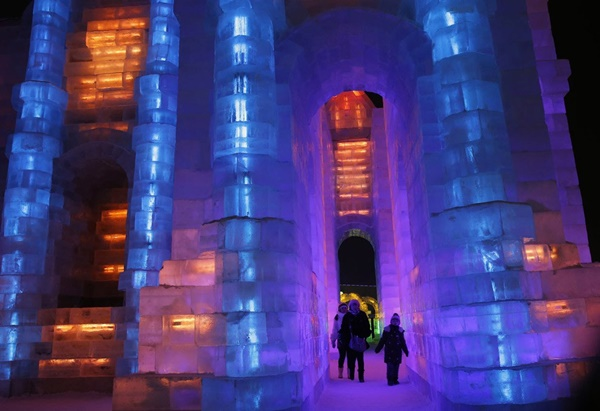 snow-and-ice-festival-in-harbin- (15)