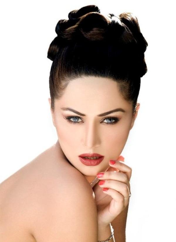 ayyan-ali-photoshoot- (3)