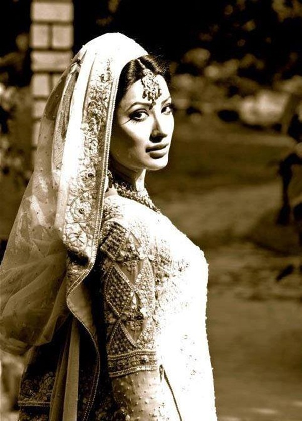 mehwish-hayat-bridal-makeover-photos- (1)