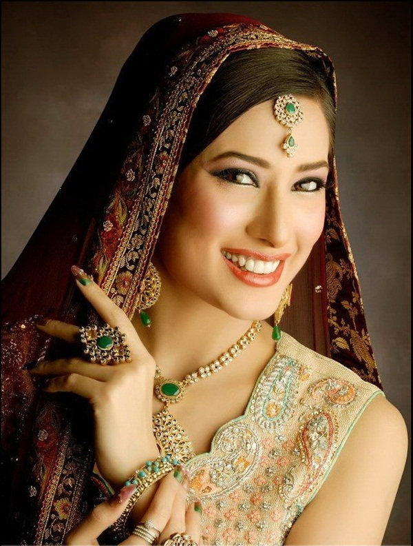mehwish-hayat-bridal-makeover-photos- (5)