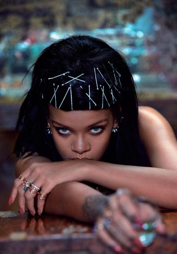 rihanna-photoshoot-for-w-magazine-korea-march-2015- (1)