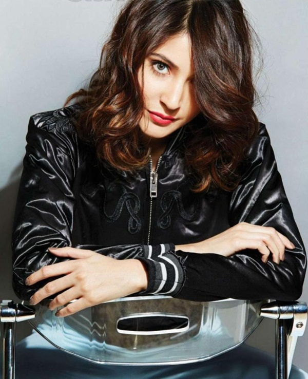 anushka-sharma-photoshoot-for-filmfare-magazine-march-2015- (2)