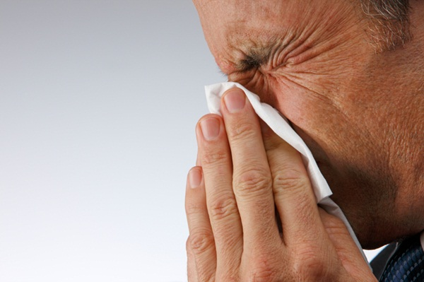 how-to-stop-runny-nose- (2)