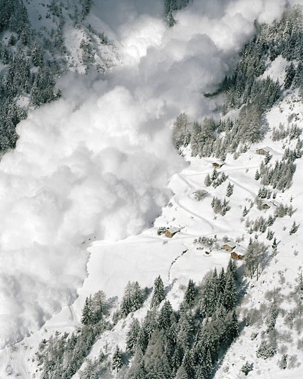 avalanches-in-photos- (7)