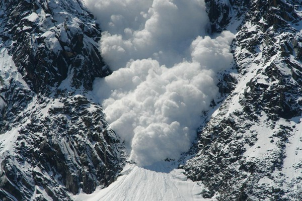 avalanches-in-photos- (17)