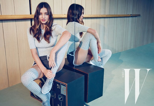 miranda-kerr-photoshoot-for-w-magazine-korea-june-2015- (2)