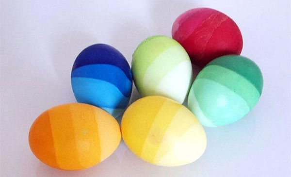 decorating-easter-eggs- (5)