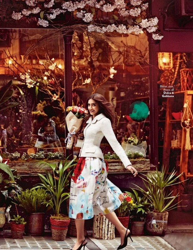 sonam-kapoor-photoshoot-for-vogue-december-2015- (5)