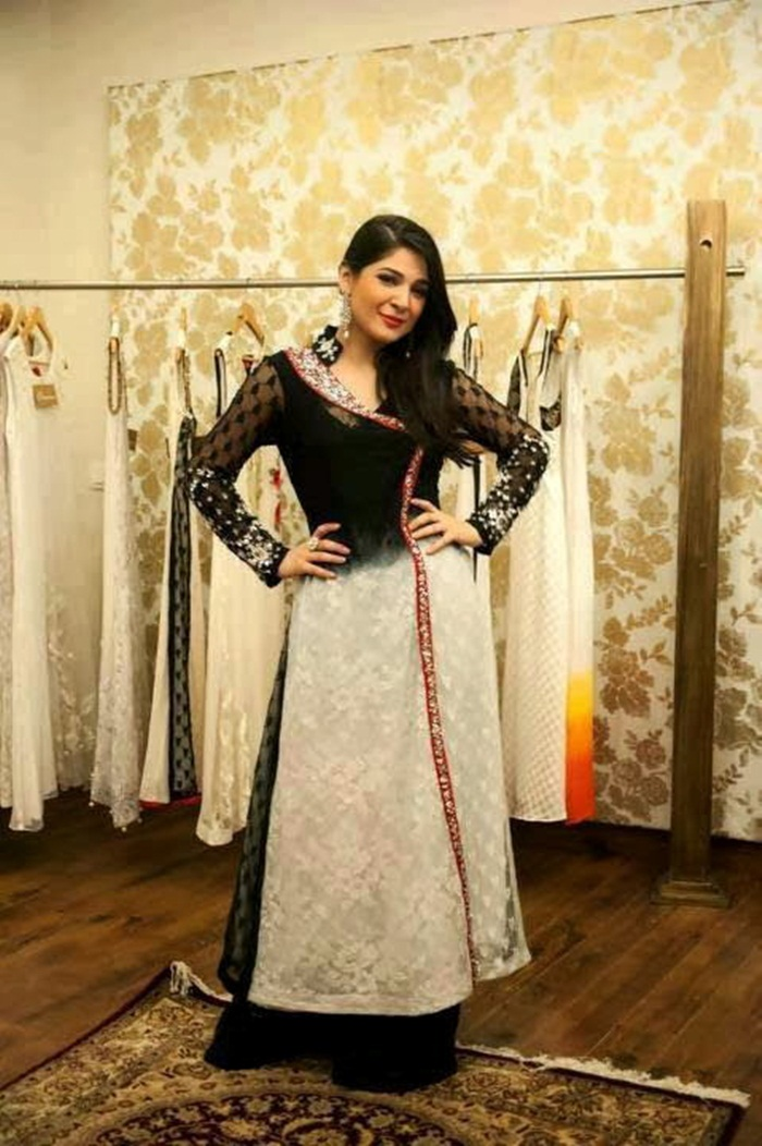 ayesha-omer-photos- (2)