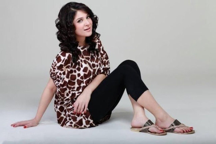 ayesha-omer-photos- (4)
